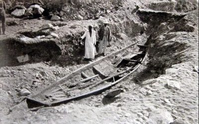 Archaeologists Uncover Rare Egyptian Funerary Boat Near Pyramid